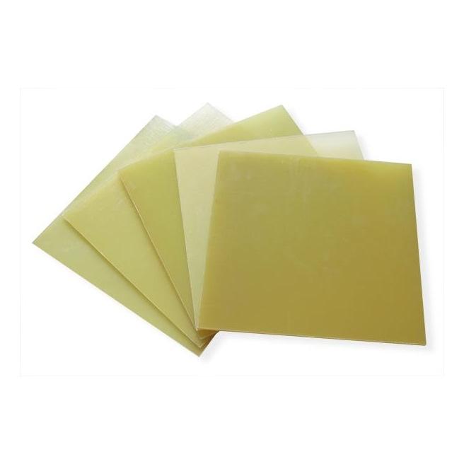 Plaques de fibre de verre - épaisseur 0.5 à 2.5mm