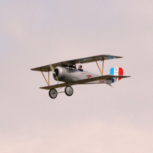 """Avion Nieuport 17 EP 60"""" ARF de Maxford USA"""
